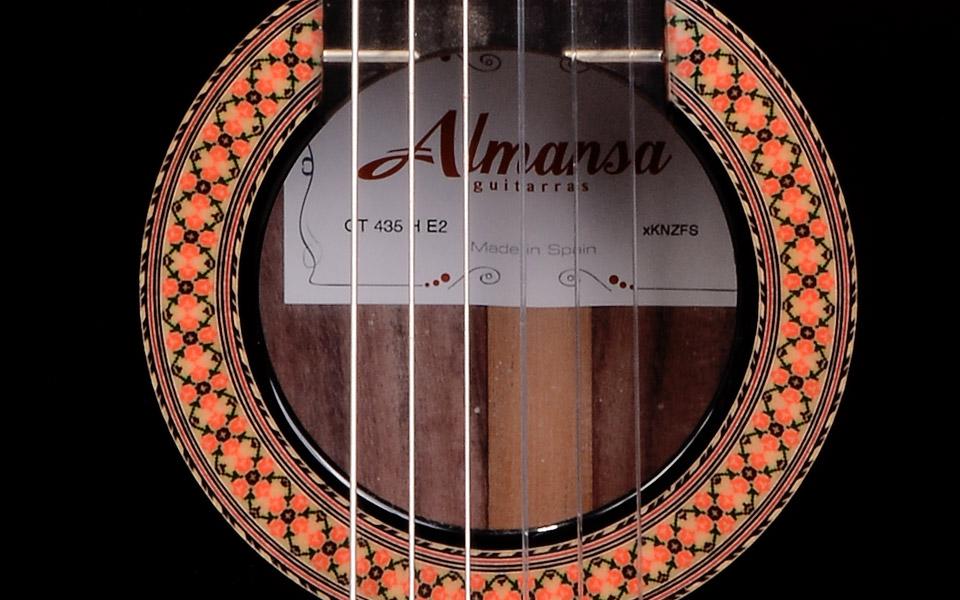 Guitar Almansa